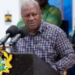 Oil sector provides 7,000 jobs, Mahama declares at TEN oil field