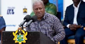 Oil sector provides 7,000 jobs, Mahama declares at TEN oil field