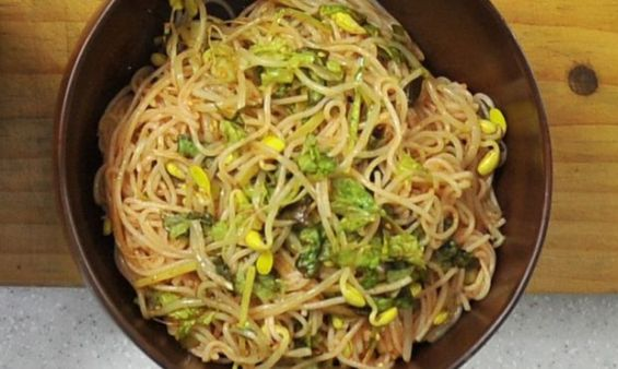 Noodles 'are most valuable US prison commodity' - Study