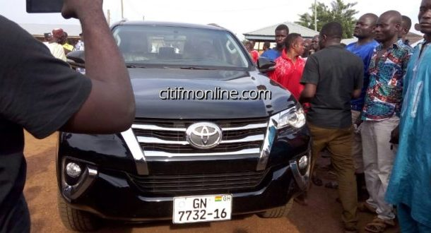 Abudus thank Mahama for giving regent four-wheel drive