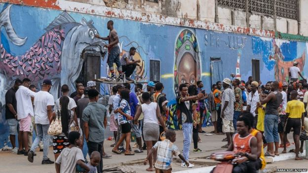 Creativity of any kind is what counts for those wanting to take part. Here, artists from South Africa and Ghana teamed up to paint a mural on this run-down hotel.