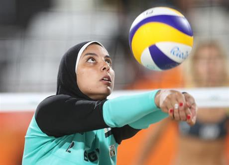 Egyptian beach player: Hijab won't keep me from sport