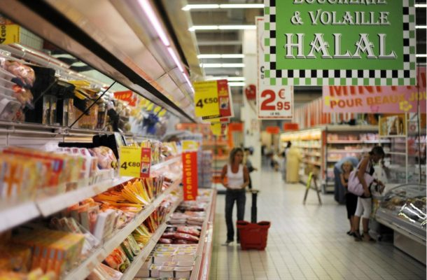 Halal supermarket in Paris told to sell pork and alcohol or face closure
