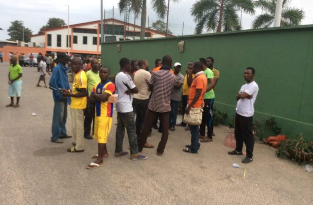 Irate Hearts Fans Boo Team After 1-1 Draw with City