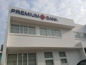 premium-bank-300x225