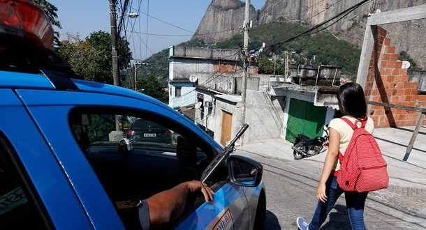 Police killings of favela residents continue as Olympics go on in Rio