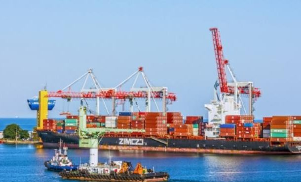 Transport Ministry suspends new shipping charges