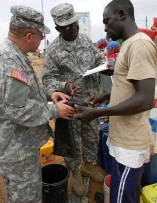 Video: Ghanaians invade US Army with their attractive 'jamma' culture