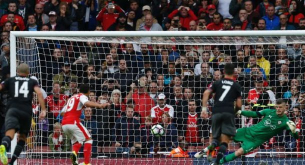 Super Spurs, West Ham stunned, Arsenal leave it late [Photos]