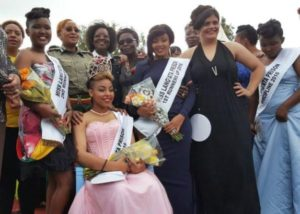 21-year-old girl who stabbed her boyfriend 22 times wins prison beauty contest (photos)