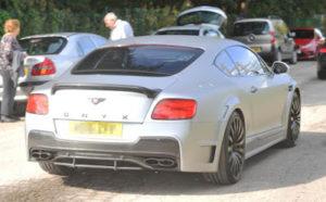 Man U star Phil Jones turns up for training in new customized £200,000 Bentley (photos)