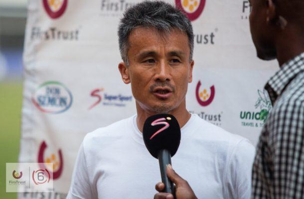 Ex- Hearts trainer Kenichi congratulates Wa All stars for wining GhPL title.