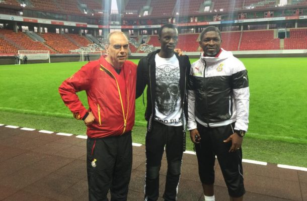 PHOTOS: Injured Rabiu Mohammed visits Black Stars in Moscow