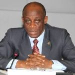 Economy in crisis, Gov't confesses