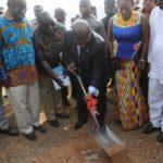 Akufo-Addo cuts sod for Marine drive project