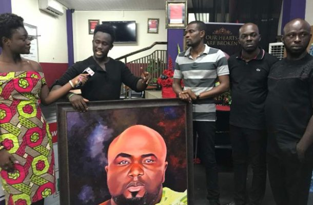 Talented painter presents breathtaking artwork of late KABA to family and multimedia