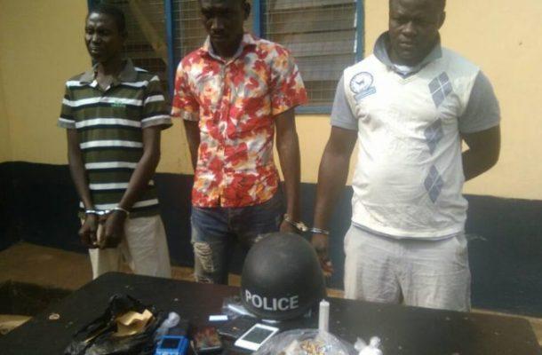 Police officer arrested for peddling narcotics