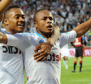 VIDEO: Jordan welcomes Andre Ayew back to Swansea City