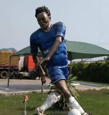 Social media users mock Michael Essien's dodgy statue
