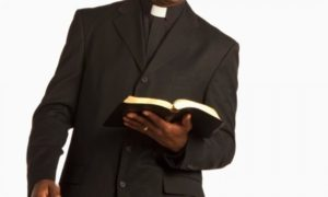 VIDEO: Ghanaian pastor jilted by newly wedded wife over small penis