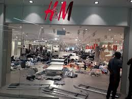 PHOTOS/VIDEO:  H&M shops in South Africa vandalized over recent ''monkey'' advert