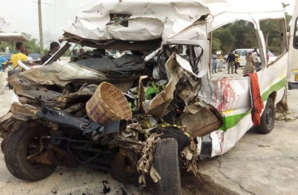 PHOTOS: 14 Family members crushed to death in gory road accident