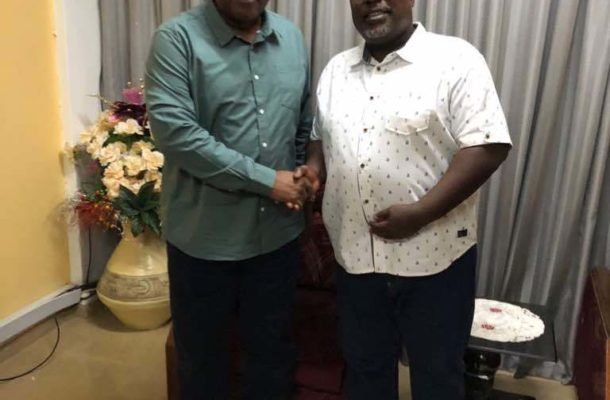 PHOTOS: Mahama storms Police HQ over Anyidoho's arrest