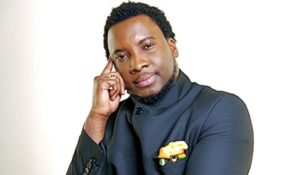 'Irresponsible', 'hypocrite' Sonnie Badu 'attacked' over xenophobic comment