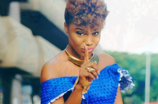 Becca also wants to leave Zylofon Music