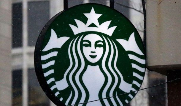 Starbucks issues apology over arrest of two men