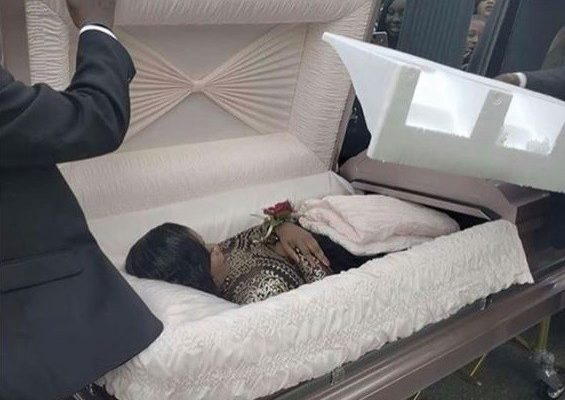 PHOTOS: Teen causes a stir as she arrives her prom in a coffin