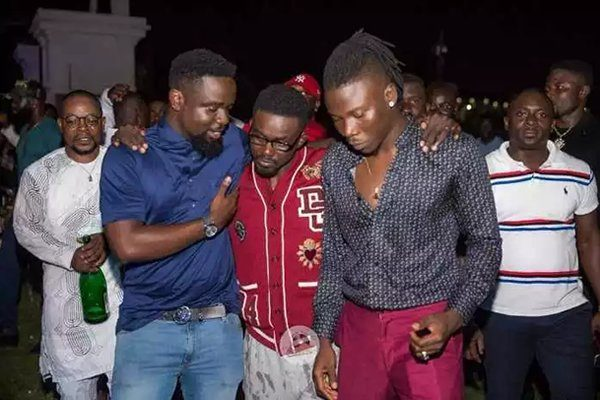 VIDEO: Sarkodie, Stonebwoy thrill audience with performance at Zylofon CEO's birthday party