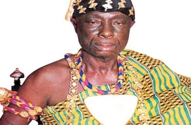 Akufo Addo mourns with Droboman over the loss of Drobo Manhene
