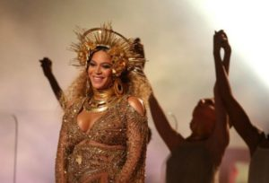 Video: Why a US church held a 'Beyoncé Mass'