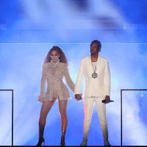 Crazy in Love! Beyoncé & JAY-Z kick off On the Run II tour with vow renewal video