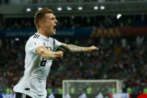 Late winner revives Germany World Cup hopes