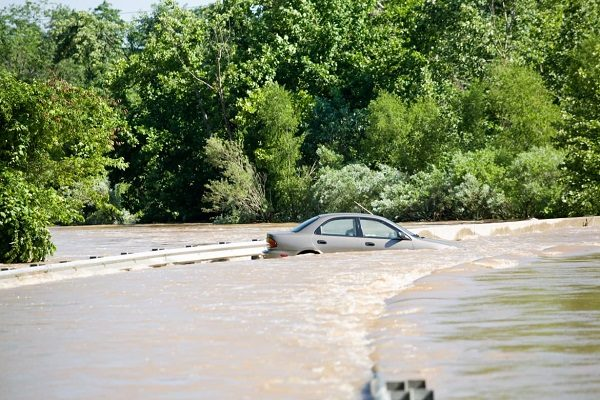 What to do if your car is caught in a flood