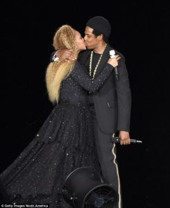 PHOTOS: Beyonce and Jay Z share a kiss on stage at their New Jersey concert