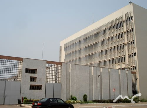 More banks will collapse – Financial analyst warns
