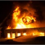Jilted policeman sets ex-girlfriend's shop ablaze