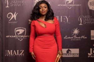 VIDEO/PHOTO: My 'boobs' wanted to come out and play, so I let them – Yvonne Okoro