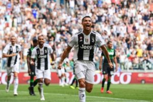 VIDEOs: Ronaldo finally scores his first and second Serie A goals for Juve