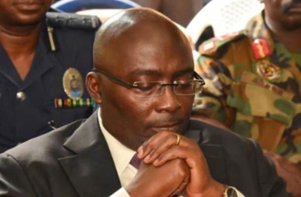 Look at that scammer! Ghanaians blast Bawumia over promise of more jobs