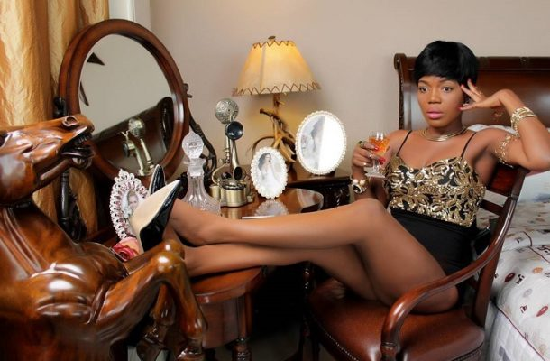 VIDEO: Donald Trump fathered my son - Mzbel replies Counselor Lutterodt in explosive video