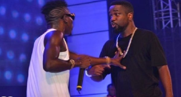 HOT AUDIO: Sarkodie viciously attacks Shatta Wale in new diss song titled 'My Advice'