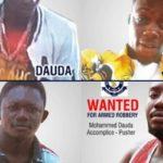 N/R: Police hunts 4 robbers