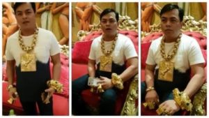 Gold-obsessed man wears 13kg of the metal wherever he goes