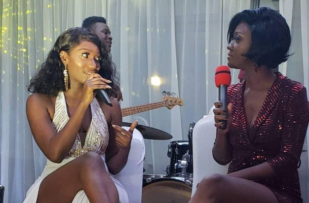 VIDEO: NPP big wigs buy Wendy Shay's album at GHC25,000
