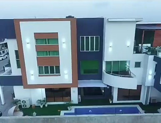 PHOTOS/VIDEO: Nigerian comedian AY completes his second house and the interior is breathtaking