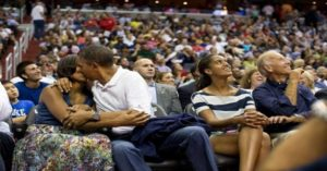 Barack Obama's Photographer clicked 2 million Photos of him in eight years – These are the best ones!